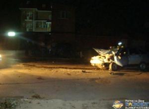 В Таганроге ВАЗ, объезжая лежавшие на дороге ветки, врезался в «Чери»