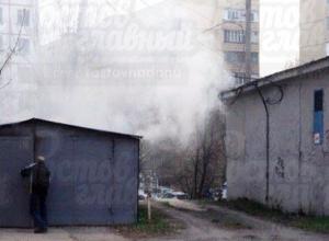 Любители горячего шашлыка во время жарки спалили гараж в Ростове
