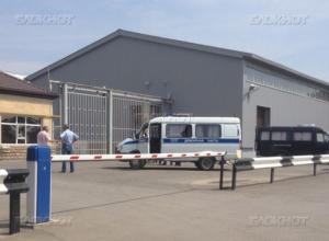В Волгодонске в цехе по производству мебели «Алмаз» рабочему отрезало руку