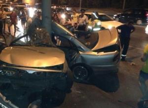 В Ростове водитель «Мицубиси Галант» погиб, врезавшись в столб