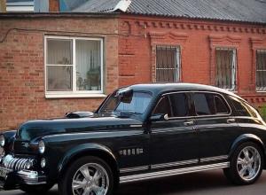 Раритетная красавица на улице Ростова привела в восхищение горожан