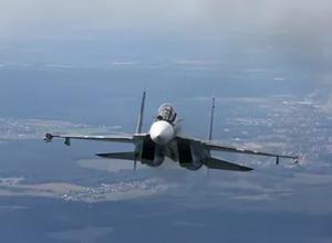 До конца месяца в ЮВО на вооружение поступят десять истребителей Су-30СМ