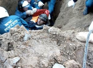 Молодые рабочие погибли в канализационной яме Ростова из-за строителя, который не учел явно непригодные метеоусловия