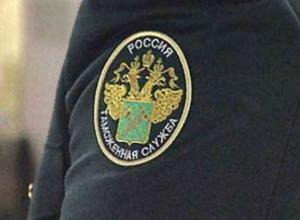Пострадавшего при обстреле пропускного пункта Новошахтинск таможенника везут в Ростов-на-Дону