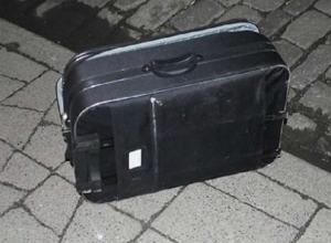 «Опасно подозрительный» чемодан стал причиной оцепления перекрестка в центре Ростова
