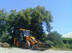 В дикую жару Водоканал не смог укротить реки на улице и оставил людей без воды в Ростове
