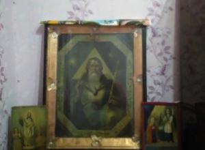 Старинную чудотворную икону за миллион рублей продает на «Авито» ростовская семья