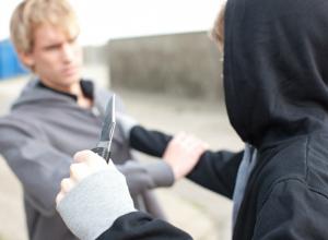 Семнадцать разбоев, грабежей и краж совершил в Волгодонске житель Тюменской области