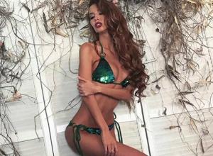 «Изумрудным» обнажением известная модель и певица из Ростова «порадовала глаз» поклонникам