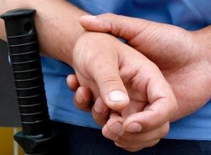 В баре Волгодонска полицейский стрелял в коллегу из-за девушки