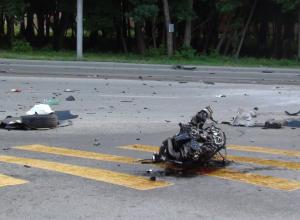 Установлены личности погибших в ДТП в Ростове с иномаркой и МАЗом: скончались 2 девушки и 3 парней