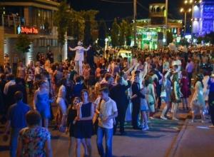 Набережную Дона в Ростове полностью перекроют на время грандиозного выпускного вечера