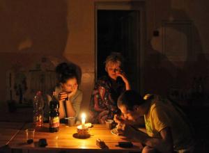 Десять тысяч жителей Ростовской области останутся без света из-за миллионных долгов
