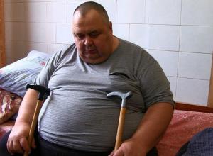 Шахтинец весом 300 килограммов уволился с работы из-за того, что не помещался в общественный транспорт