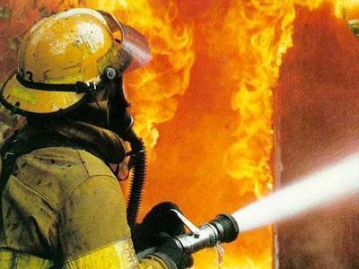 В Ростовской области пожар в пятиэтажке унес жизнь человека, еще один госпитализирован