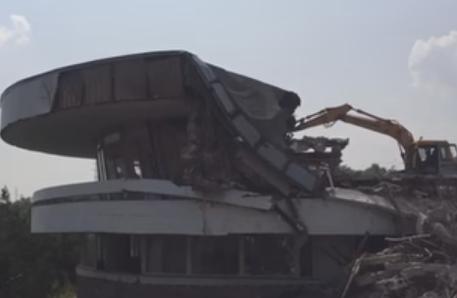 ВРостове снесли ресторан «Океан»