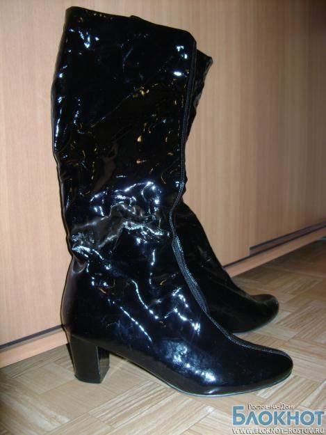 Ростовчанка отсудила компенсацию в тройном размере за некачественную обувь