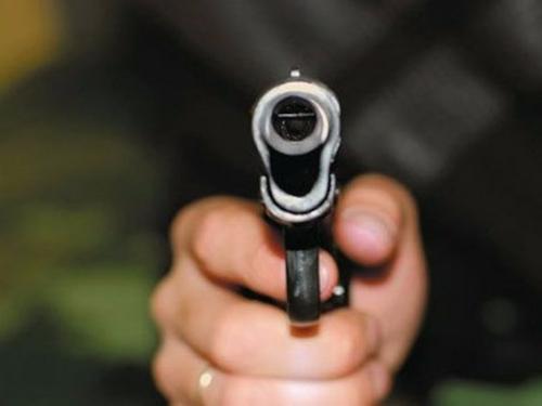 Два водителя подрались под Таганрогом, один выстрелил другому вгрудь