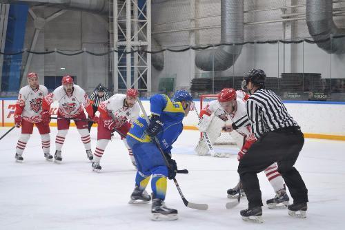 Ростовские «кондоры» 2-ой раз проигралиХК «Челны»