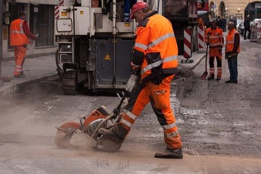 В Ростовской области на ремонт дорог потратят почти 6,5 млрд рублей