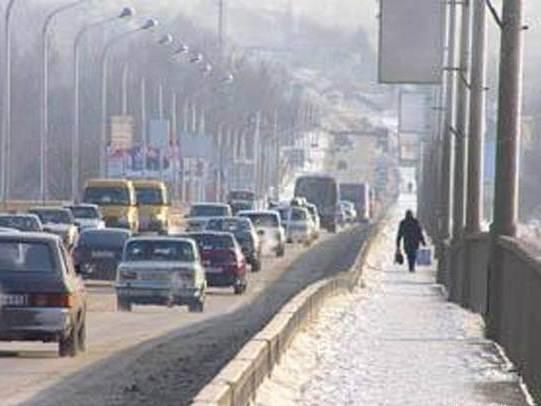 В Ростове демонтируют Ворошиловский мост