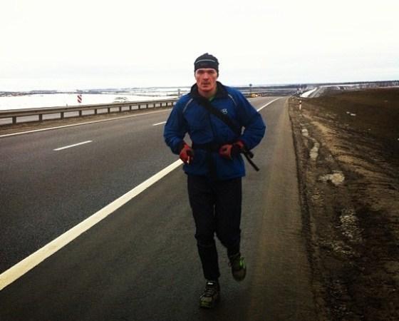 Ультрамарафонец Дмитрий Ерохин, бегущий из Москвы в Сочи, добрался до Ростова