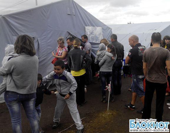 Украинские беженцы бежали в Россию под обстрелами. Видео
