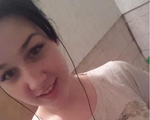 Без вести пропавшую 14-летнюю школьницу разыскивают в Аксайском районе