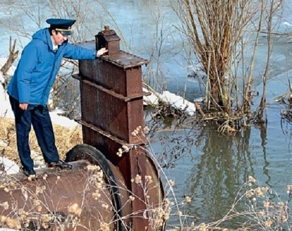 Судоходные шлюзы, насосные станции и другие опасные ГТС взяли под контроль муниципалитеты Ростовской области