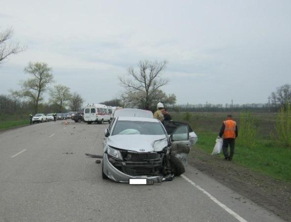 В Ростовской области в ДТП пострадали 7 человек