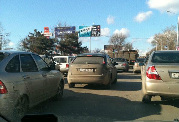 Ремонт моста на Малиновского стал причиной многокилометровой пробки