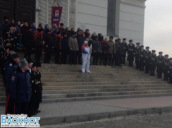 В Новочеркасске Олимпийский огонь гас дважды. ВИДЕО