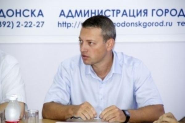 Замглавы Волгодонска Плоцкер незаконно агитировал за «Единую Россию» и Дерябкина