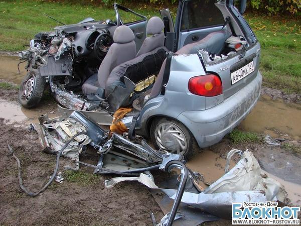 На трассе в Ростовской области КамАЗ смял «Дэу Матиз»: погибла женщина-водитель