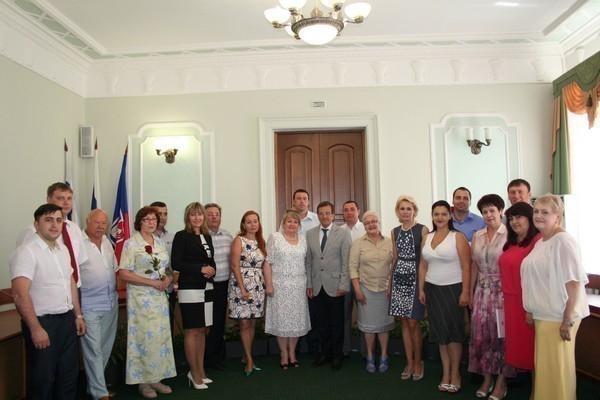 Мэр Ростова наградил руководителей предприятий торговли и общественного питания