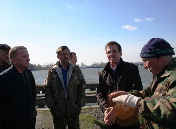 Мэр Ростова проверил, как ведутся работы в рамках месячника чистоты