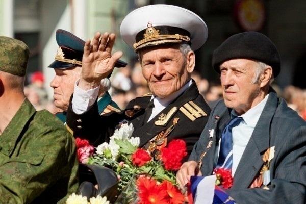 20 тысяч человек споют хором песню «День победы» в Ростове