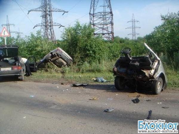 В Ростовской области в ДТП «восьмерку» разорвало пополам, водитель погиб