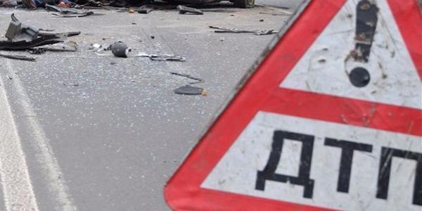 Под Ростовом наугнанном автомобиле разбились два человека