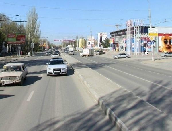 В Ростове на проспекте Нагибина появится еще одна полоса для общественного транспорта
