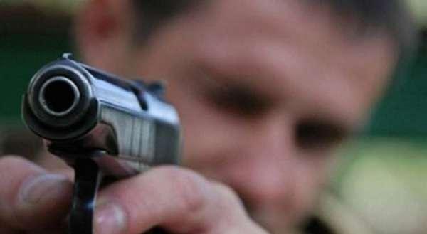 ВРостове шофёр «семерки» выстрелил впах пешеходу