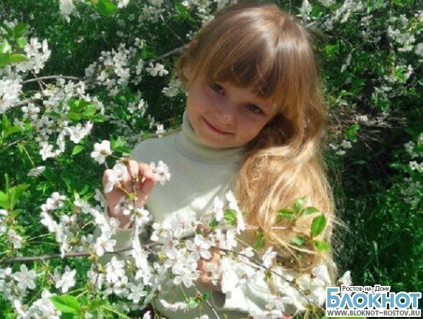 В Ростовской области по смерти 5-летней девочки, утонувшей в сливной яме, проводится проверка