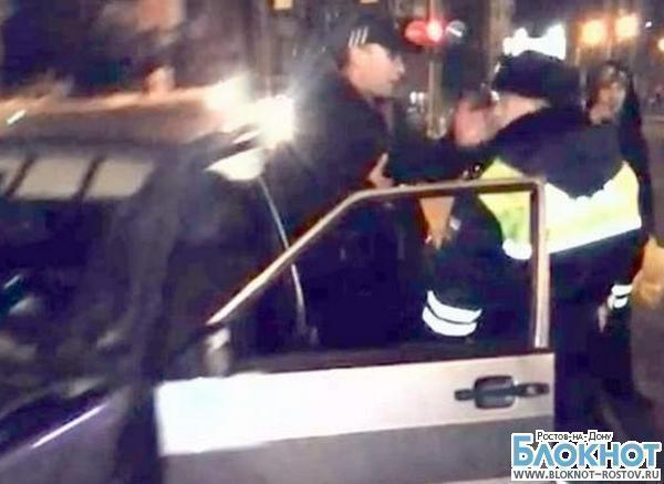 В Ростове осудили водителя, давшего пощечину сотруднику ГИБДД. Видео