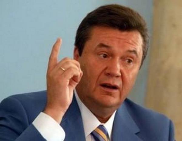 На выступлении в Ростове Янукович заявил, что жив и намерен обратиться в Верховный суд и Конгресс США