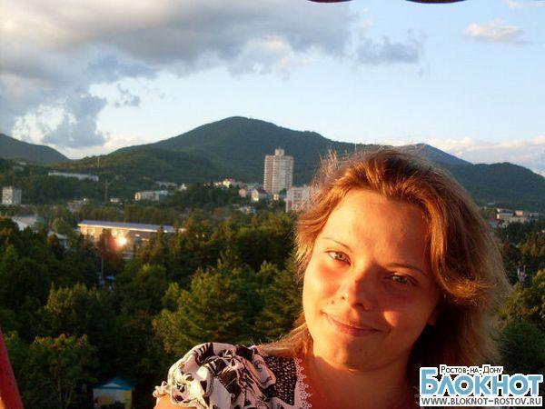 Скончалась ростовчанка, выбросившаяся с 3-летней дочкой с десятого этажа