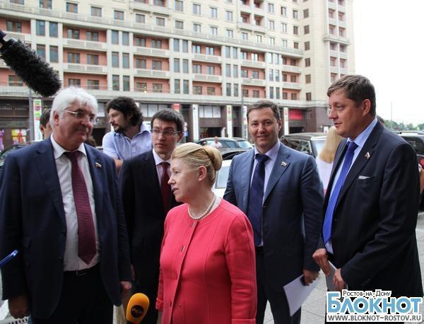Олег Пахолков: «Гей не пойдет защищать Родину с автоматом в руках»