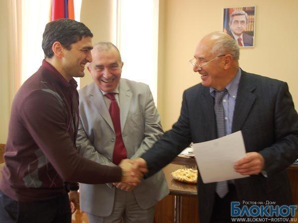 Олимпийский чемпион Вартерес Самургашев получил гражданство Армении