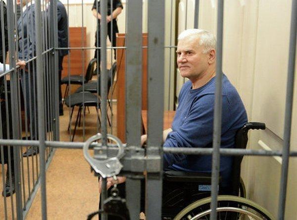 Дело экс-мэра Махачкалы Саида Амирова поступило в военный суд в Ростове