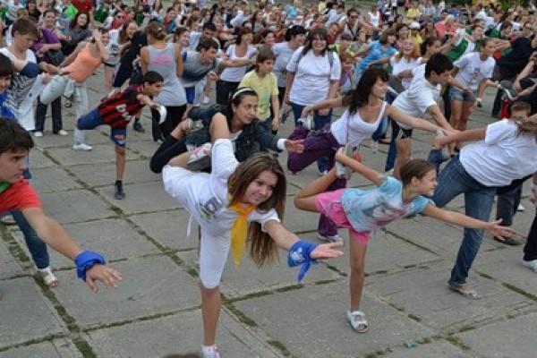 Массовые зарядки для ростовчан будут проводить известные спортсмены