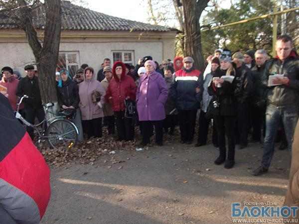 В Самарском прошел митинг против закрытия родильного отделения